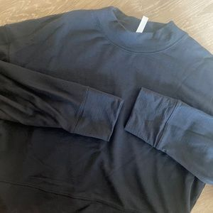 Mock neck athletic pullover